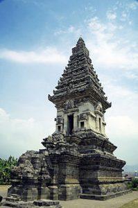 Struktur dan Arkeolog Candi Jawi