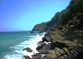 Pantai Mondangan