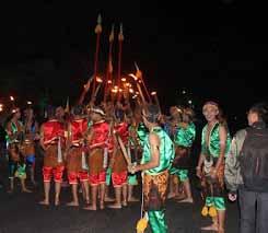 batu shining night parade